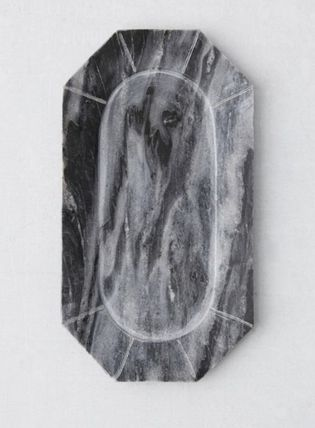 Urban Outfitters 棚・ラック・収納 【Urban Outfitters】大人気♪大理石Faceted Marble Tray 全二色(6)