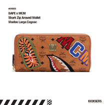 人気話題コラボ!BAPE x MCM Shark Zip Around Wallet Visetos