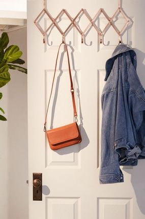 Urban Outfitters インテリア雑貨・DIYその他 【日本未入荷】Expandable Over-The-Door Multi-Hook フック