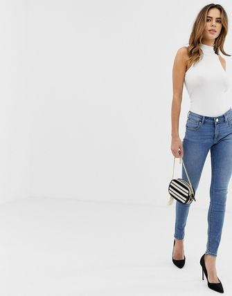 ASOS デニム・ジーパン ASOS DESIGN Whitby low rise skinny jeans in mid wash blue(4)