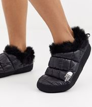 The North Face Tent faux fur mule slippers in black