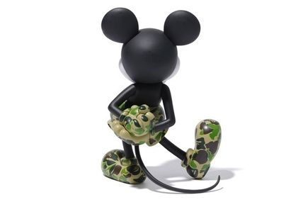 A BATHING APE ホビー・カルチャーその他 送料無料!VCD BAPE MICKEY MOUSE ( GREEN )(3)