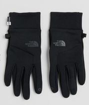 The North Face Etip gloves in black