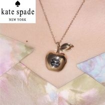 【プレゼントに最適】 MARC JACOBS The Apple Pendant 時計 GOLD