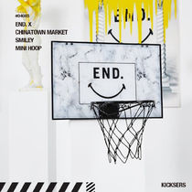 人気話題コラボ!END. X CHINATOWN MARKET SMILEY MINI HOOP