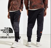 THE NORTH FACE UO Exclusive Graphic Collection Track Pant