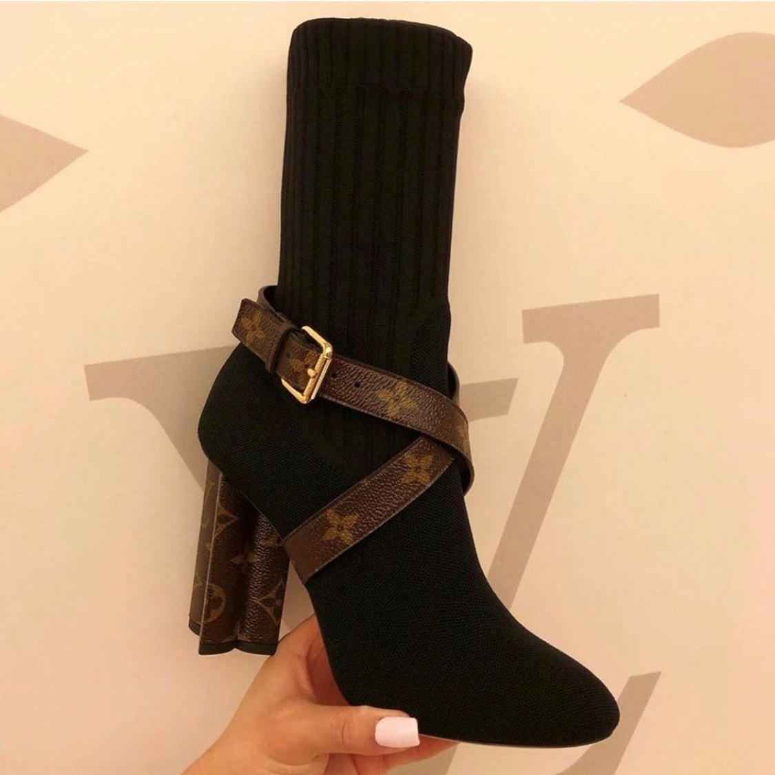 Silhouette Ankle Boot