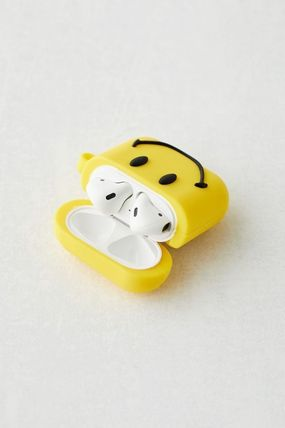 Urban Outfitters スマホケース・テックアクセサリー 【☆日本未入荷☆】Chinatown Market X Smiley UO AirPods Case(2)