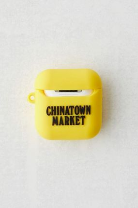Urban Outfitters スマホケース・テックアクセサリー 【☆日本未入荷☆】Chinatown Market X Smiley UO AirPods Case(3)