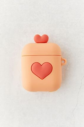 Urban Outfitters スマホケース・テックアクセサリー 【☆日本未入荷】Shaped Silicone AirPods Case シリコンケース(4)