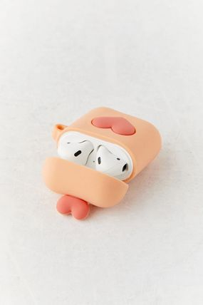 Urban Outfitters スマホケース・テックアクセサリー 【☆日本未入荷】Shaped Silicone AirPods Case シリコンケース(5)
