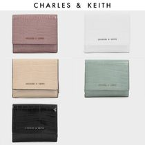 【Charles&Keith】Croc-Effect Classic Short Wallet