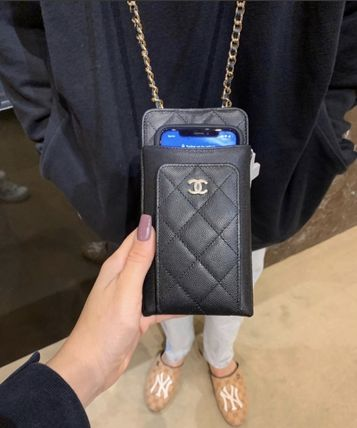 CHANEL スマホケース・テックアクセサリー 2020 CRUISE CHANEL ★ALL-IN-ONEが嬉しい★PHONE/CARD CASE(8)