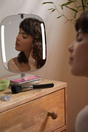 Urban Outfitters 鏡 【☆日本未入荷】HiMirror Mini Premium X Smart Beauty Mirror