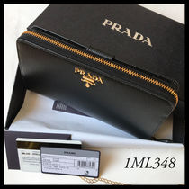 PRADA((1ML348))VITELLO MOVE ((カード18枚収納))