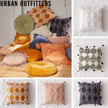 Urban Outfitters   Eden Tufted Throw Pillow クッション