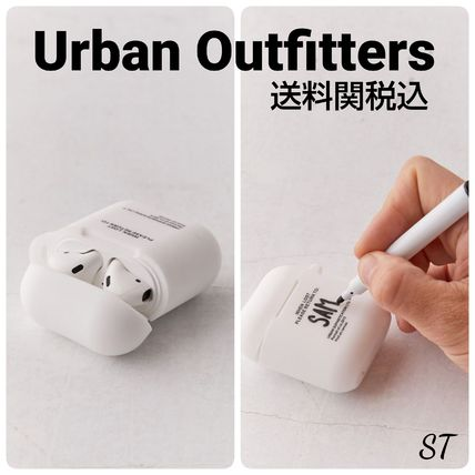 Urban Outfitters スマホケース・テックアクセサリー Urban Sophistication Risk Of Losing AirPods Case 送関込 日未