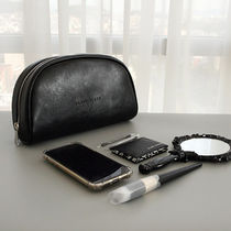 実用的で使いやすい♪BLANC BLACK■Half Moon Big Pouch