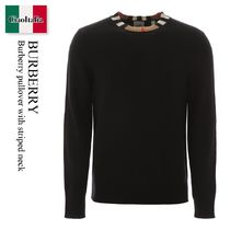 Burberry pullover with striped neck
