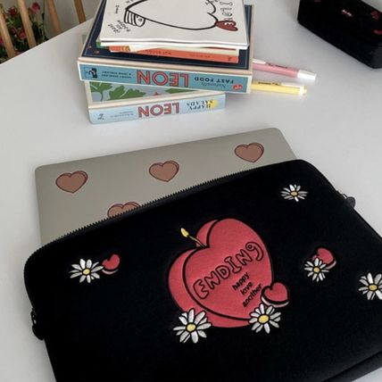 MAZZZZY スマホケース・テックアクセサリー 韓国人気★ MAZZZZY ★ candle laptop pouch 13/15inch(4)