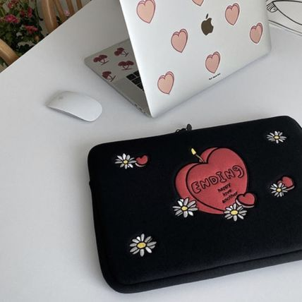 MAZZZZY スマホケース・テックアクセサリー 韓国人気★ MAZZZZY ★ candle laptop pouch 13/15inch(6)