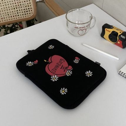 MAZZZZY スマホケース・テックアクセサリー 韓国人気★ MAZZZZY ★ candle pad pouch (12.9inch)(2)