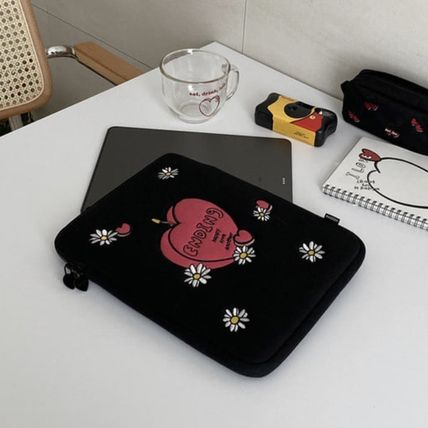 MAZZZZY スマホケース・テックアクセサリー 韓国人気★ MAZZZZY ★ candle pad pouch (12.9inch)(6)