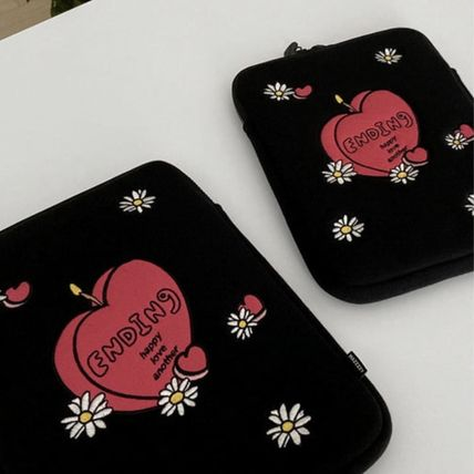 MAZZZZY スマホケース・テックアクセサリー 韓国人気★ MAZZZZY ★ candle pad pouch (12.9inch)(7)