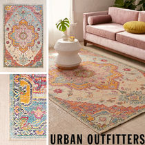 Urban Outfitters  Crystal Floral Tufted ラグ   91×152cm