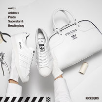 人気話題コラボ!adidas x Prada Superstar & Bowling bag