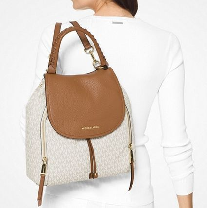 "Michael Kors バックパック・リュック ""【MICHAEL KORS】Viv Large Logo and Leather Backpack ""(8)"