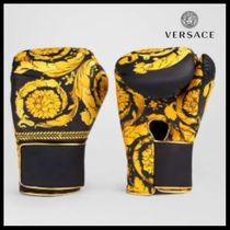 VERSACE(ヴェルサーチェ) スポーツその他 UK発!【VERSACE HOME COLLECTION】バロッコ柄ボクシンググローブ
