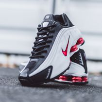 Nike Shox R4 Platinum Tint University Red Black 2019 FW 19