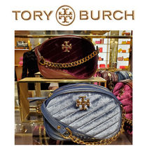 TORY BURCH 店舗限定デザイン!! KIRA CHEVRON SMALL CAMERA BAG