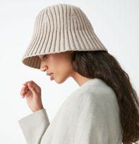 """COS(コス) 帽子・その他 """"COS"""" MERINO KNIT BUCKET HAT TAUPE"""