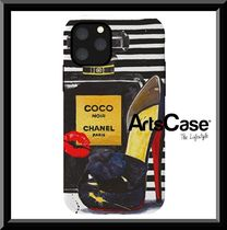 ArtsCase ★Chanel Perfume With Red iPhoneケース