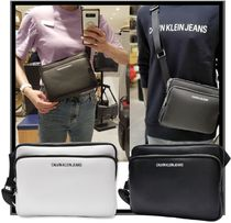 ★送料・関税込★Calvin Klein★Smooth Essential Cross bag 2色
