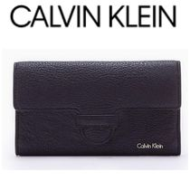 【Calvin Klein】お買い得●LEATHER MAGNETIC TAB  WALLET