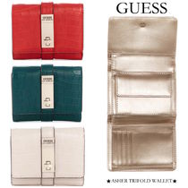 【GUESS】クロコ柄財布●ASHER TRIFOLD WALLET●フェイクレザー