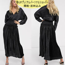国内発送ASOS DESIGN shirred waist pleated maxi dress satin