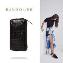 iPhone全機種対応!! Bandolier Embossed Expanded Zip Pouch