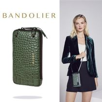iPhone全機種対応!! Bandolier Embossed Leather Expanded Pouch