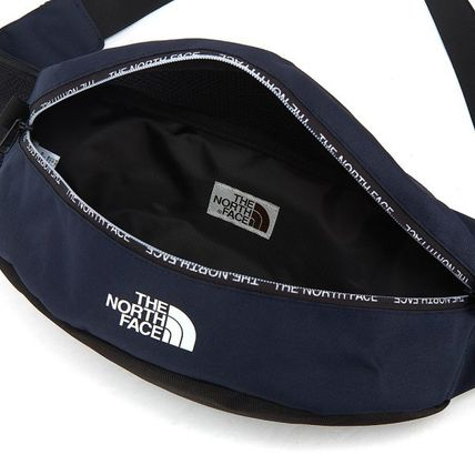 THE NORTH FACE バッグ・カバンその他 【THE NORTH FACE】 ★CANCUN MESSENGER BAG M★ 大人気商品(5)