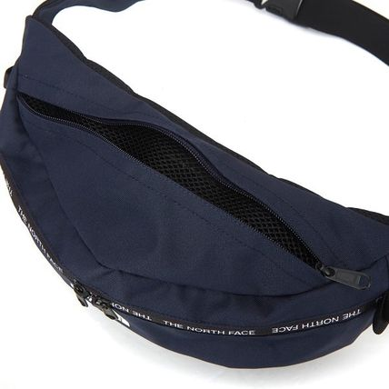 THE NORTH FACE バッグ・カバンその他 【THE NORTH FACE】 ★CANCUN MESSENGER BAG M★ 大人気商品(6)