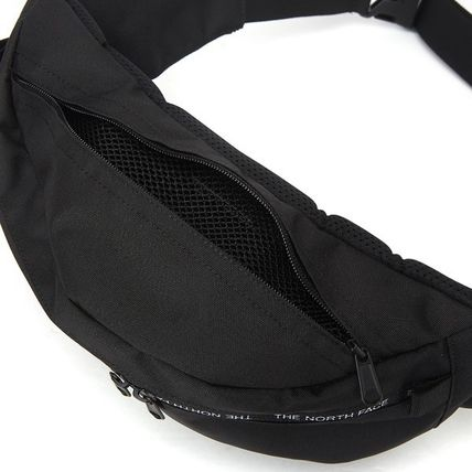 THE NORTH FACE バッグ・カバンその他 【THE NORTH FACE】 ★CANCUN MESSENGER BAG M★ 大人気商品(13)
