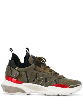VALENTINO★Camouflage Bounce Trainers【関税送料込】