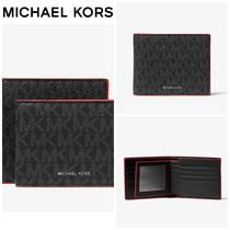 【Michael Kors】Logo Billfold Wallet With Passcase