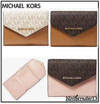 【Michael Kors】ミディアムロゴ★Leather Envelope Wallet/各色
