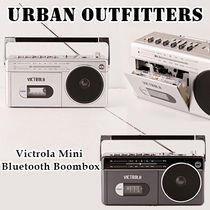 Urban Outfitters★Victrola Mini Bluetooth Boombox ラジカセ
