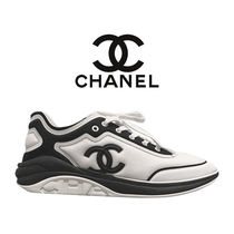 入手困難!Chanel CC Logo Sneaker 'White Black'